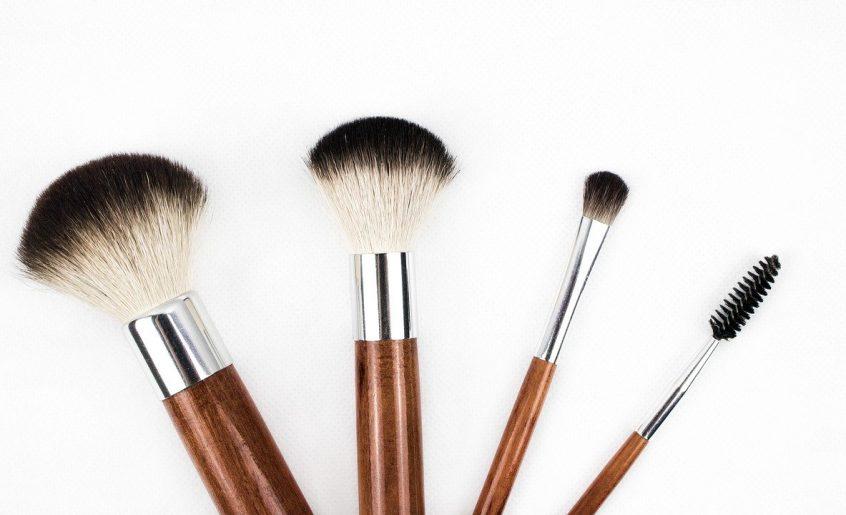 makeup brush: des sourcils parfaits